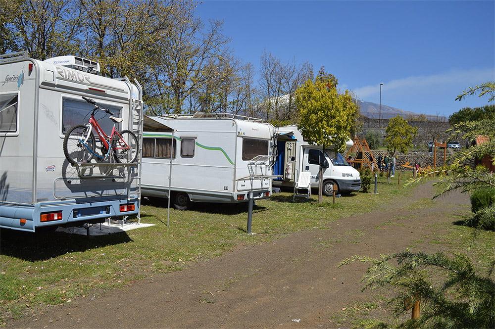 camper etna