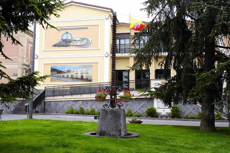 Piazza Nicolosi