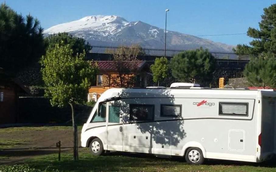 Area attrezzata camper sull'Etna - Mons Gibel Camping Park