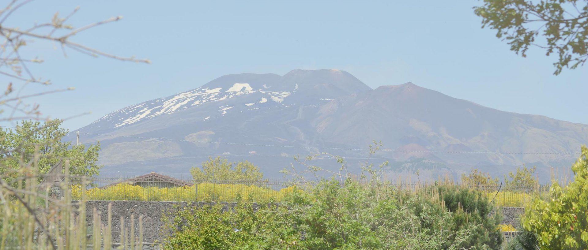 area-attrezzata-camper-Etna-1